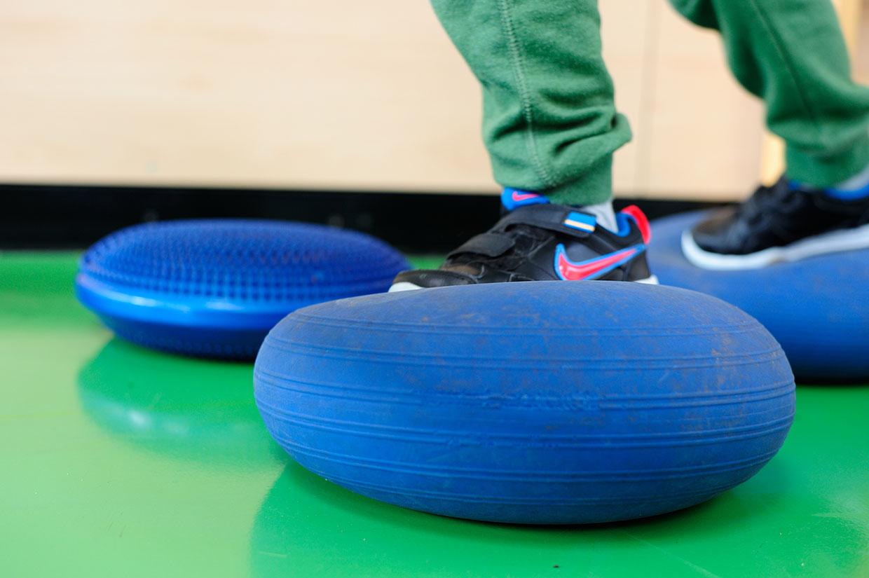 Bewegungsschule Kinder Gleichgewichtsübung
